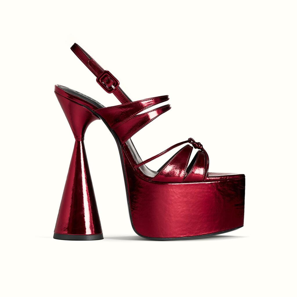 daccori-belle_red-side-WEB-Square